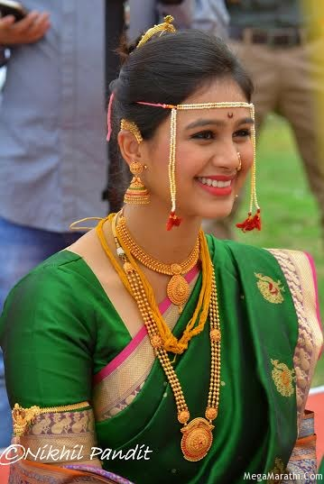 Dusanis and neeraj more tied in nuptial knot mrunal dusanis and neeraj more tied in nuptial knot thecheapjerseys Images