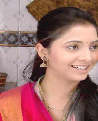 gauri-sayali-sanjeev-kahe-diya-pardes-cute-hd-photo