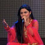 aarya-ambekar-photos-while-singing
