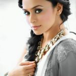 Amruta Khanvilkar hot HD Photos Collection