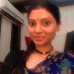 Jhala Bobhata Look Of Reena Walsangkar