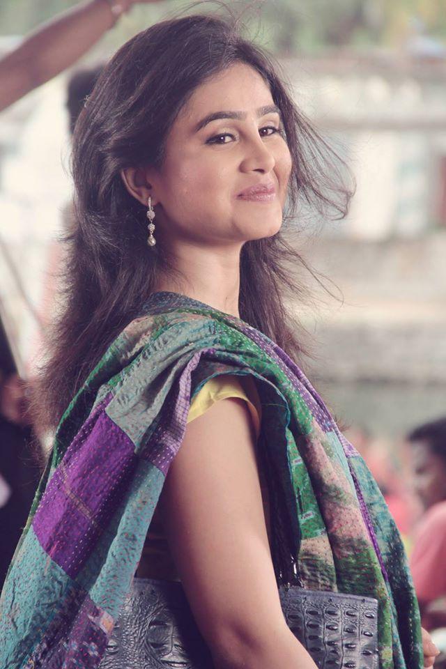 Mrunal dusanis marathi actress biography hd photos wallapers mrunal dusanis marathi actress phtos gallery thecheapjerseys Images