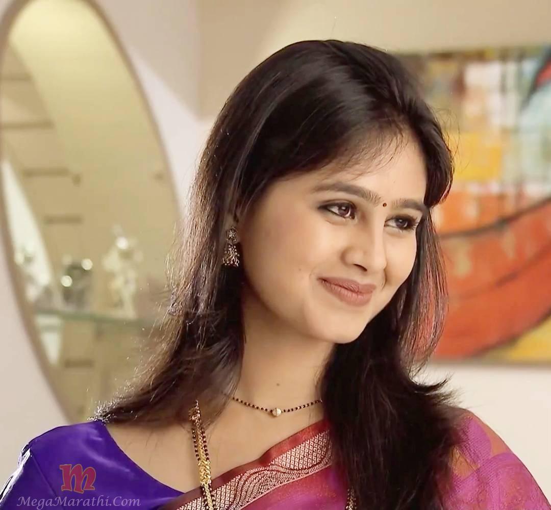 Mrunal dusanis marathi actress biography hd photos wallapers mrunal dusanis photos 1 thecheapjerseys Images