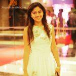 Mrunmayee Deshpnade HD Photos Pics HOT