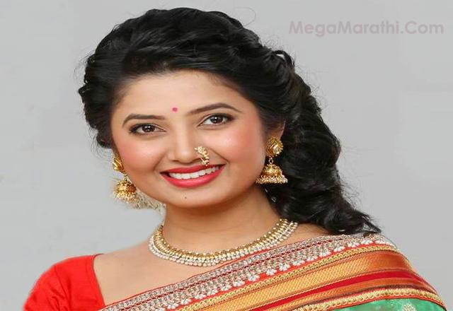 Prajakta mali marathi actress biohd photoshotcute meghana prajakta mali marathi actress cute photo featured thecheapjerseys Choice Image