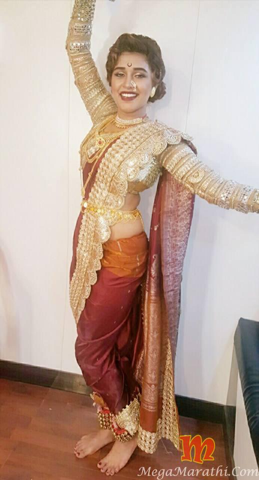Sanskruti balgude marathi actress biography hot photos images wiki sanskruti balgude marathi actress hot photos saree thecheapjerseys Choice Image