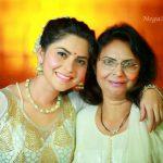 Sonalee Kulkarni With Her Mother