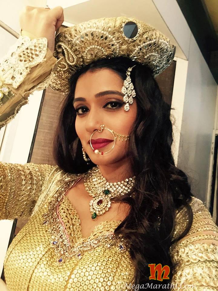 Urmila Kothare Marathi Actress Biography Age Husband Wiki