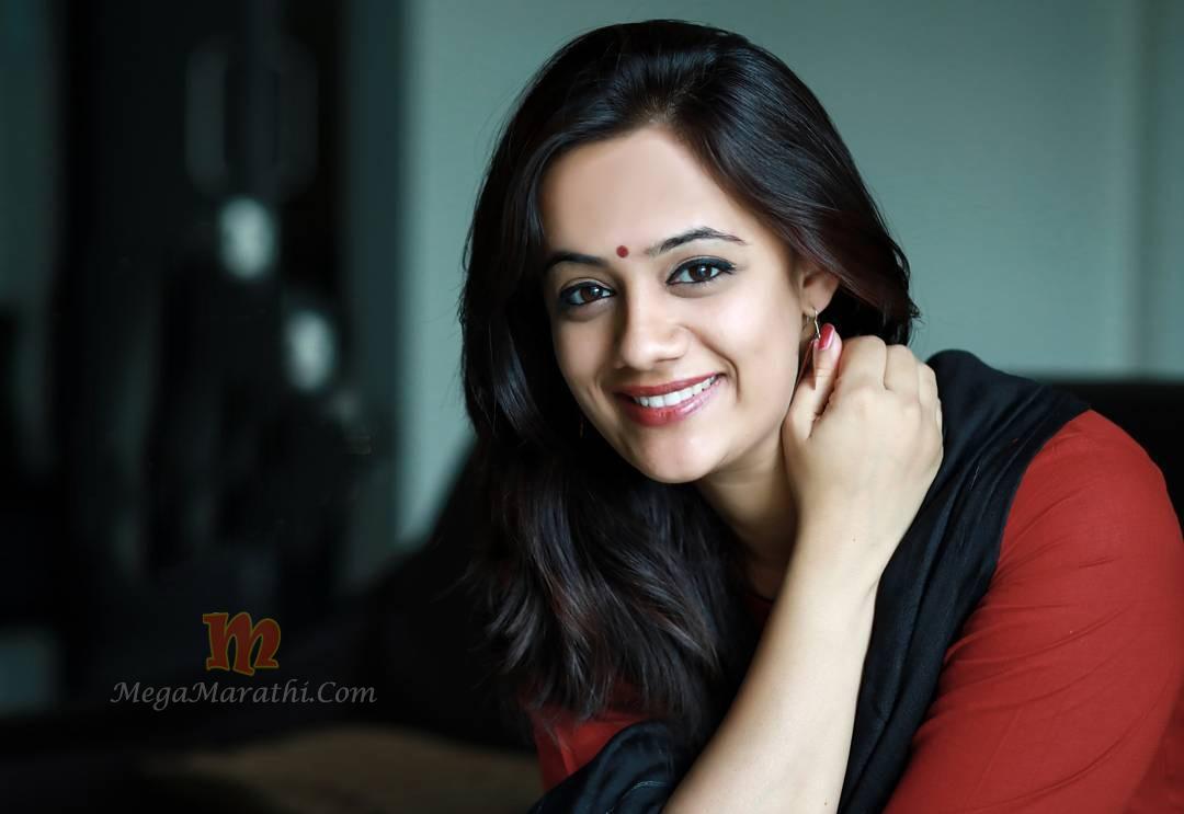 Spruha Joshi Marathi Actress Photo Bio Images Wiki Age Marriage Hd Hot