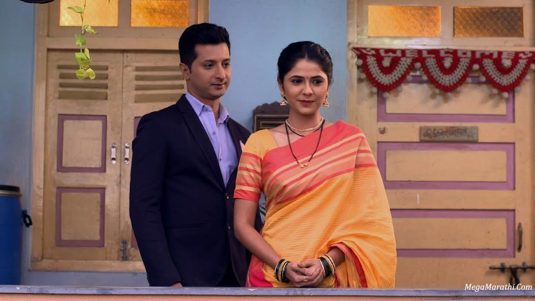 Radha and Prem in Radha Prem Rangi Rangli 3