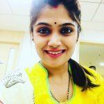 Isha Keskar Marathi Actress Images