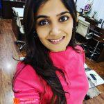 Isha Keskar Marathi Actress Photos Images