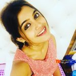Isha Keskar Marathi Actress Photos Selfi