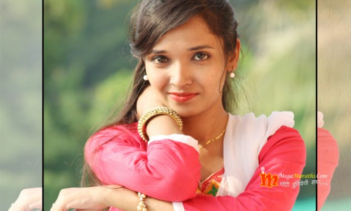Sonal Pawar Marathi Actress Photos Pics Rupali Tula Pahate Re