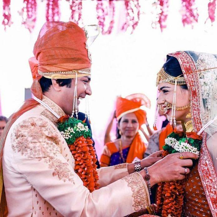 Aniket Vishwasrao and Sneha Chavan Got Married at Pune !